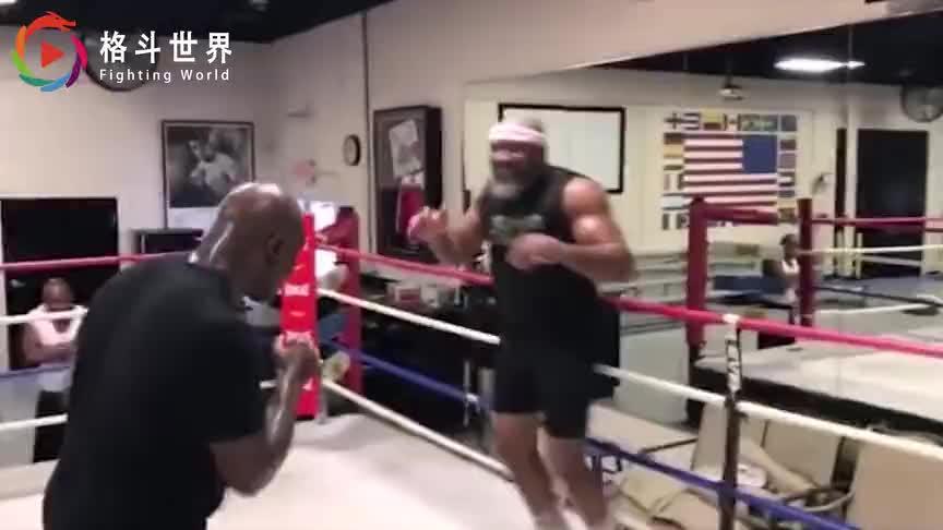 官方消息?前拳王宣布将战泰森,与霍利菲尔德三番战可能要泡汤
