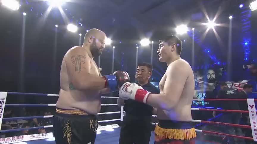 日本拳王卷土重来,想报当年被断臂之仇,结果遭中国小将直接打跪