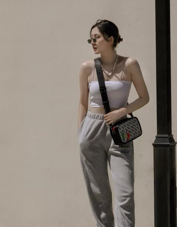 运动裤简直是百搭神器,助你远离土味,轻松穿出休闲范
