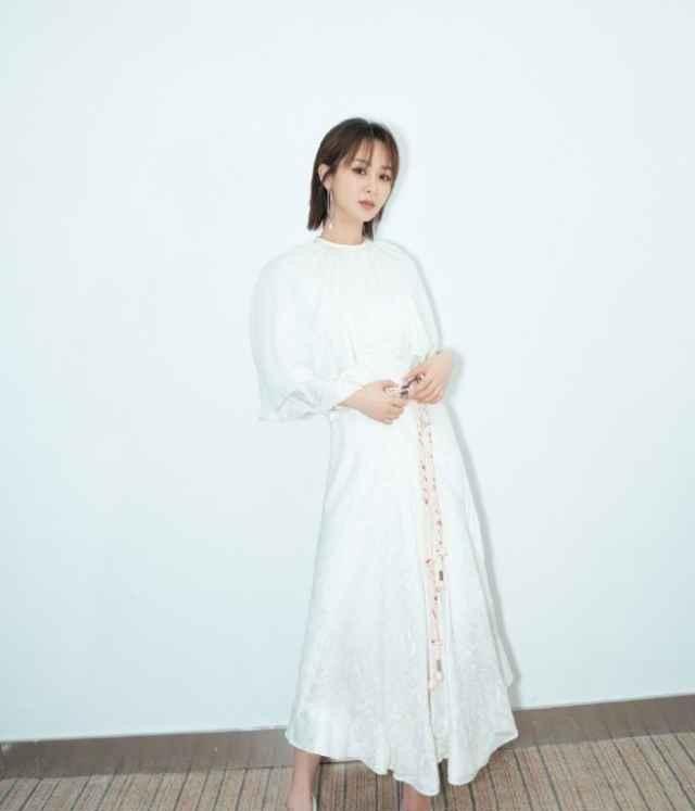 组图:唯美连衣裙穿搭指南,优雅又提气质,让你秒变小仙女