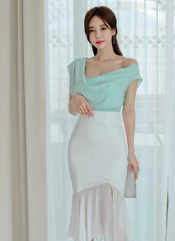 美女孙允珠绿色上衣搭配白色包臀裙,尽显优雅时尚气质