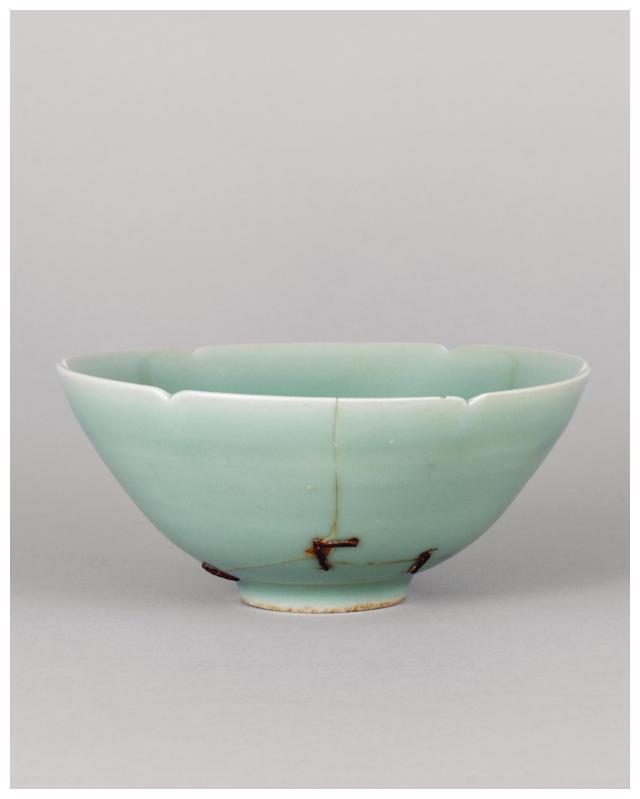 龙泉窑青瓷的釉色之美——藏于东京国立博物馆的「马蝗绊」青瓷碗