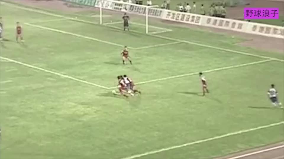 中国足球最可惜的球员!张效瑞当年到底什么水平最桑巴的中国天才