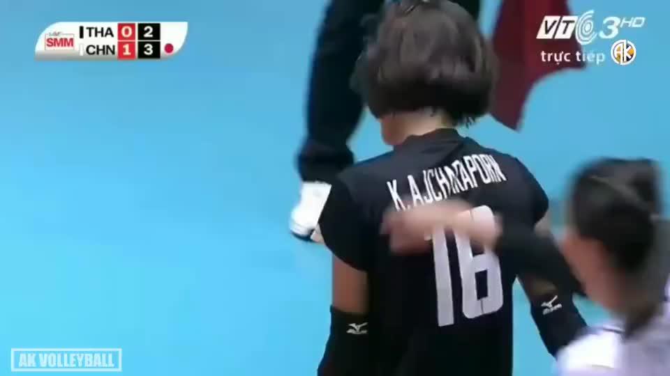 张常宁vs阿耶查拉蓬!2016女排亚洲杯在接应位置上的对轰!