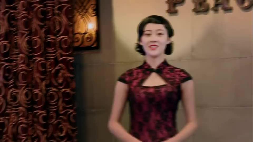 穿着旗袍倒夜壶,虞书欣的演技让人懵圈