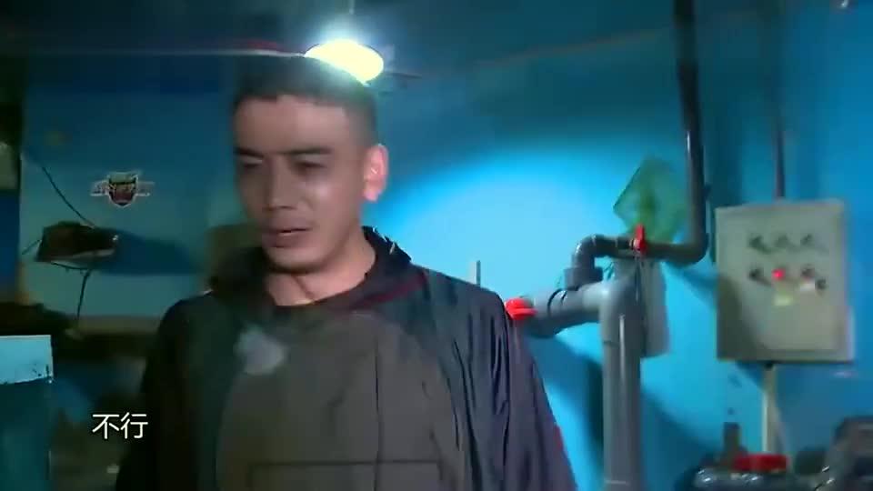杨烁要进鲨鱼池,紧张得都把潜水服给穿反了,迷之尴尬!