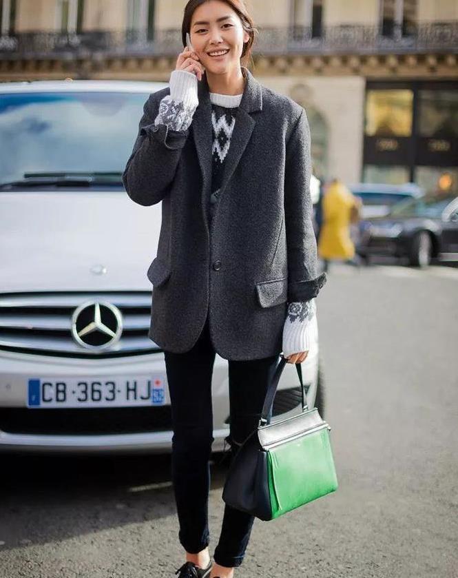 """小白鞋该被""""淘汰""""了!现在流行穿牛津鞋,时髦高级,这么搭真美"""