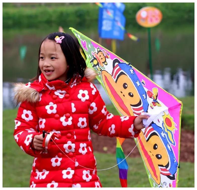 走,到荣昌清流去看花放风筝