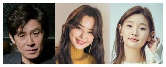 薛景求和李荷妮、朴素丹将在李海英导演的《幽灵》中合作