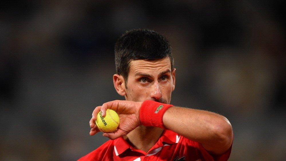 法网男单半决赛,德约科维奇3-2希腊一哥!第27次闯入大满贯决赛