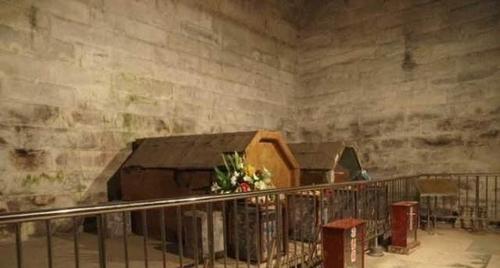 80年代考古人员在崇陵发现一物,经由专家检测,光绪死因真相大白