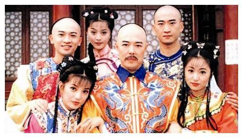 还珠主演,王艳老了,林心如老了,赵薇老了,只有她嫩如16岁少女