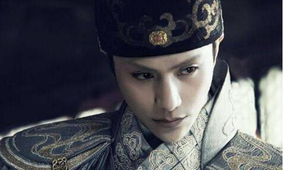 陈坤儿子已经成年,相貌浮现母亲的基因,长得像谁大家认得出吗?