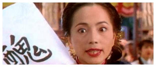 """被称为香港""""丑角专业户"""",低调嫁豪门,今被富商老公宠成公主"""