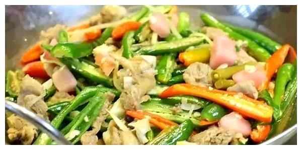 让家人有胃口的下饭菜,酸辣爽口,营养均衡,美味又解馋!