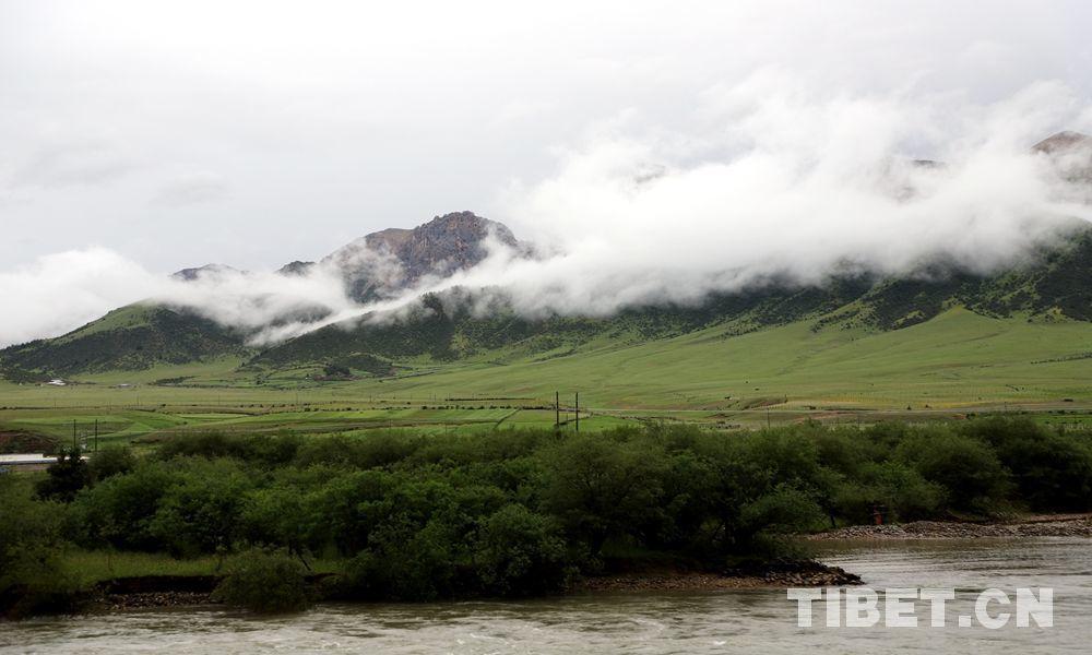大美西藏类乌齐