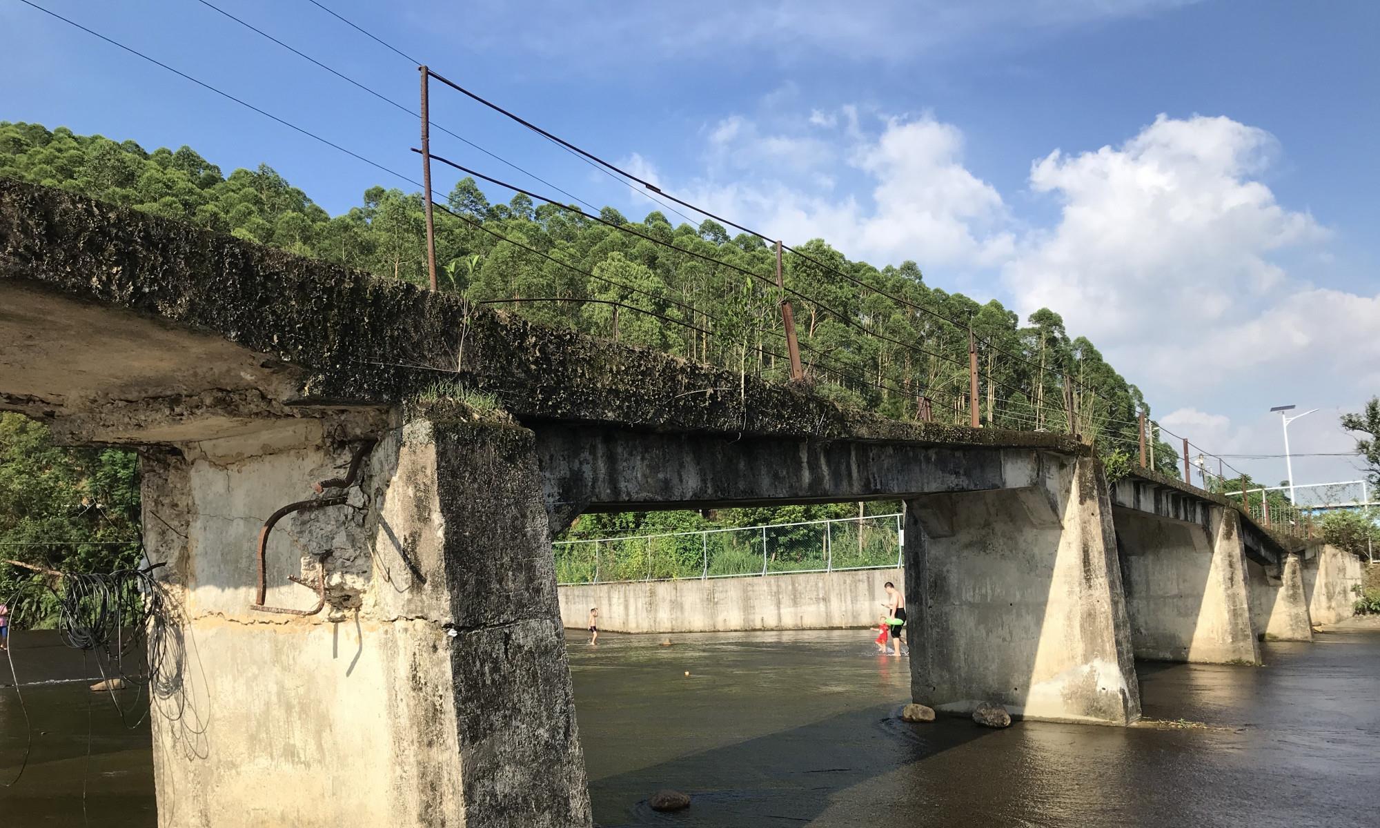 广东的断桥残雪!这里是深山田野小溪流 这是玩水的好地方