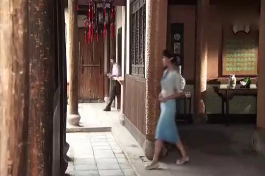 飘摇人生:段文斌在岳父家训斥老婆,仆人看不下去!