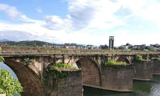 """黄山的明代镇海大桥被毁,三次遭遇""""水患"""",景色不再赛过扬州!"""