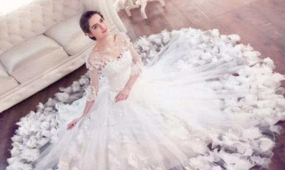 心理测试:你最喜欢下面哪套婚纱?测你最终会嫁给什么人,超准!