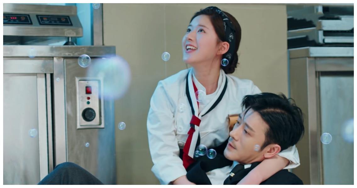 亲妈是金牌制作人,干妈是李少红,40岁搭档赵露思演霸总终于红了