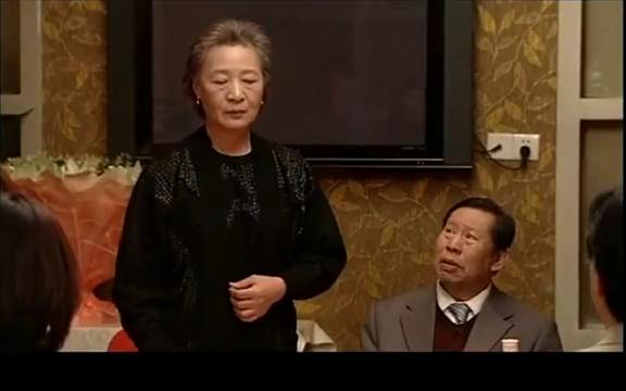 金婚宴即将结束,大妈突然爆冷,她宣布要离婚,所有人都震惊了
