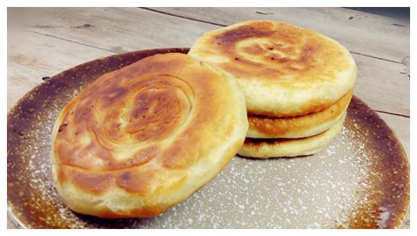 美食推荐:胡萝卜干,香酥肉饼,小锅子米线的做法