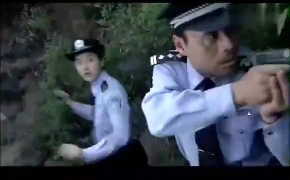 谁与争锋:刑警队长跟人质做交换,怎料杀人犯丧心病狂,直接开枪