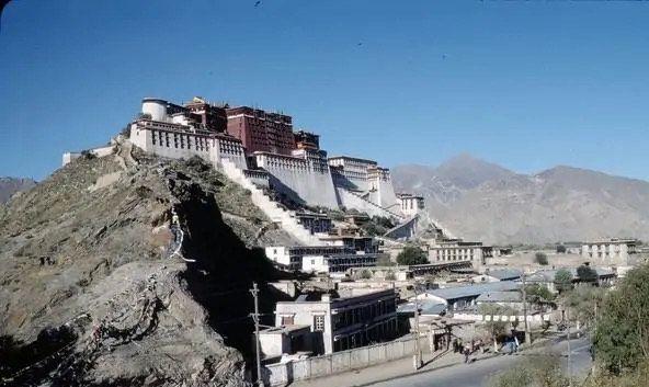 老照片:1988年的拉萨,藏区居民的朴素生活影集