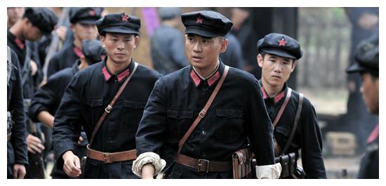 四野第一战将,就连卫立煌,杜聿明,廖耀湘都很钦佩他
