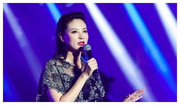 关心则乱!央视主持被传离职,刘芳菲节目上线实力破谣