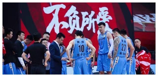 北京首钢迎来逆袭良机,曾凡博加盟,林书豪回归,借机拿下王泉泽