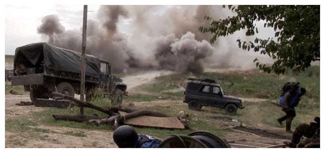 俄罗斯大军压境,全面接管亚美尼亚边境,阿军在进一步立刻反击