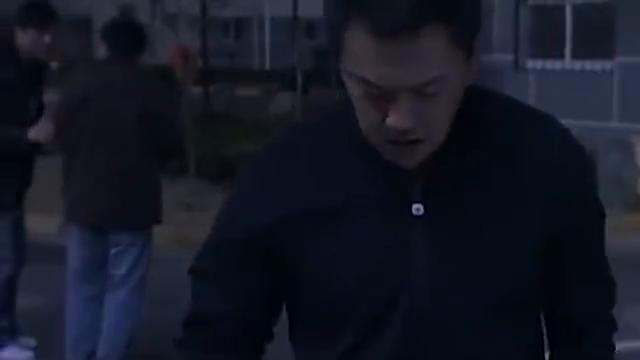 宋思明当着审查人员的面接陈寺福的电话,这气魄不是谁都有!