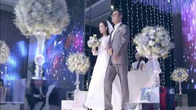 还是夫妻:马苏和郭涛举办婚礼,谁知半道竟杀出个王珂砸场
