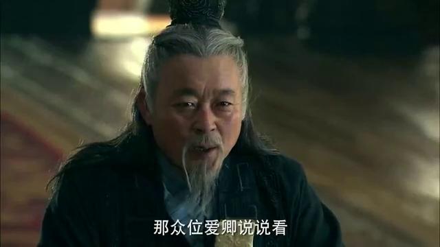 胡亥向众臣寻求意见,叔孙通却先说话