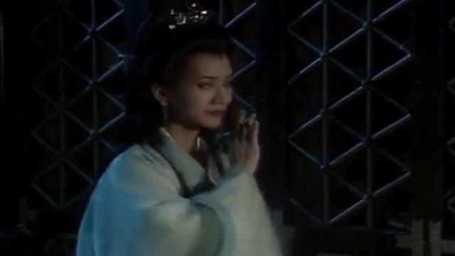 新白娘子传奇:白素贞拿走茅山道士的所有万灵丹,要小青偷梁换柱