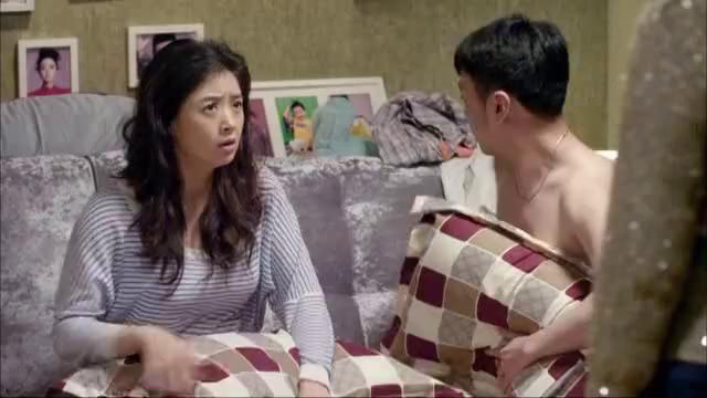 王爱华来到唐乔菲房间,她让林海生回避一下