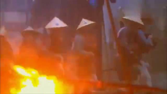 杨过后人重出江湖,竟用一把玄铁重剑痛击倭寇,实在是太强了!