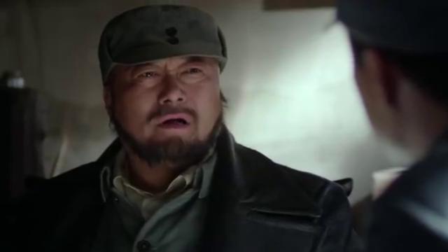 杨志华想跟上级要重炮,杜清时跟部下商议事情