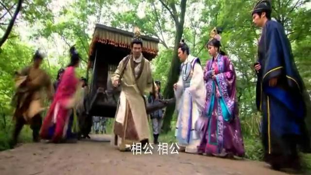 周文王亲自拉马车走了八百步,周朝存活八百年,姜子牙解释天机!