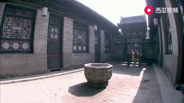 团长儿子带兵回家,葛大妮和彩凤争儿子,没想到定邦将潘老大抓走