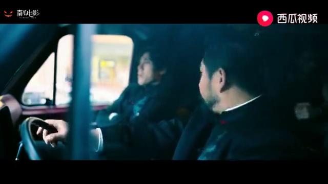 """唐人街探案:两位华人用""""顶级英语""""交流,这段笑的我肚子疼!"""