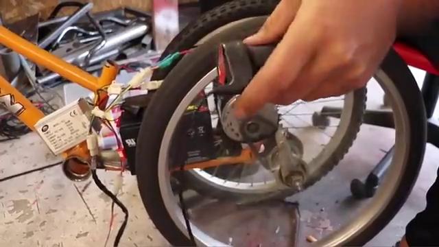 自行车改装成三轮电动车,造型真独特,不愧是中国制造