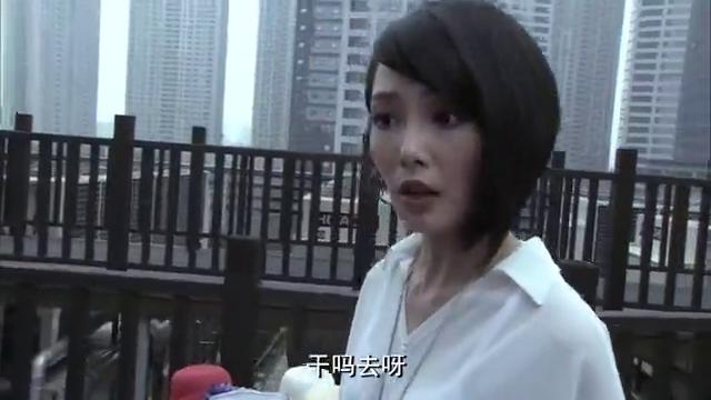 遵命女王:李昂误把总监当模特,说她品味差,得知身份后尴尬了