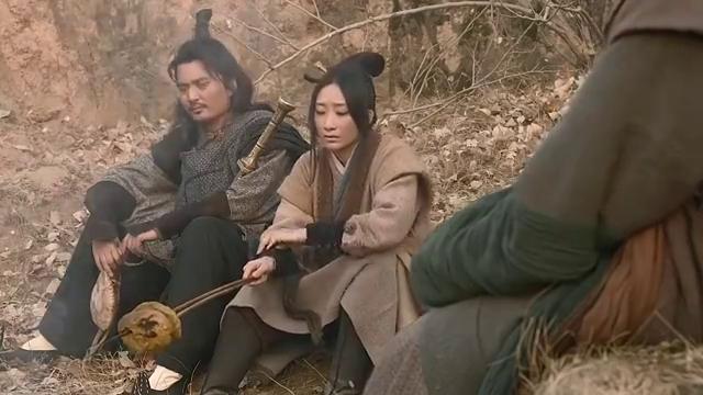 赵氏孤儿案:高手路途饥饿,从农夫家中偷鸡,不慎被农夫当场抓获