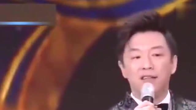 台湾名嘴当众让黄渤难堪,黄渤脱口而出怒怼,刘德华起身鼓掌