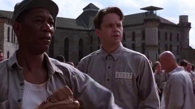 高分电影《肖申克的救赎》,安迪用20年重获自由,这段真是精彩
