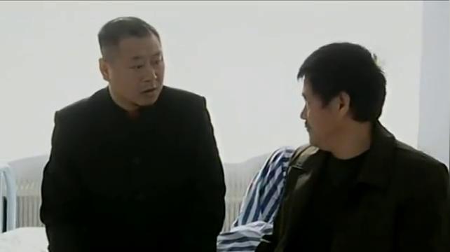 马大帅:玉芬受伤住院了,彪哥特地买了排骨给她炖汤,太贴心!