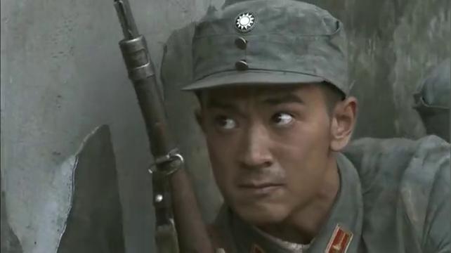 壮士出川:鬼子上机枪火力太猛,班长豁出性命用手榴弹炸翻
